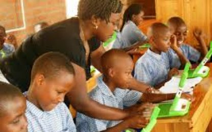 Nigerian   government works with education ministry on school resumption